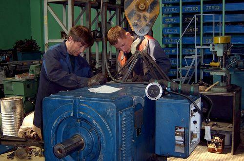Специалисты по ремонту электродвигателей постоянного тока